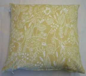 MUSTARD GOLD HEDGEHOG FOX RABBIT WOODLANDS WILDLIFE LINEN CUSHION COVER £6.99 EA